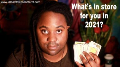 WHAT DOES 2021 HAVE IN STORE FOR YOUR ZODIAC SIGN?  [LAMARR TOWNSEND TAROT]