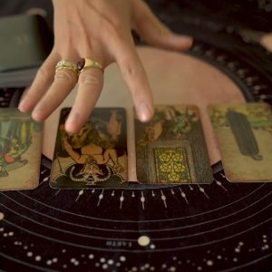 LEO | WHEN WILL THEY MESSAGE ? | TAROT READING & ASTROLOGY