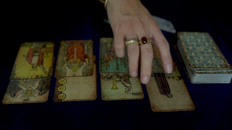 LIBRA | THINGS ARE ABOUT TO GET ROUGH WATCH OUT! | OCTOBER TAROT READING